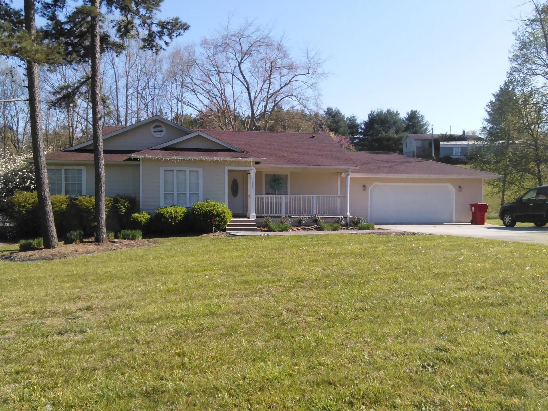 Peaceful home | codenamesailorearth, architecture, dwelling, lawn