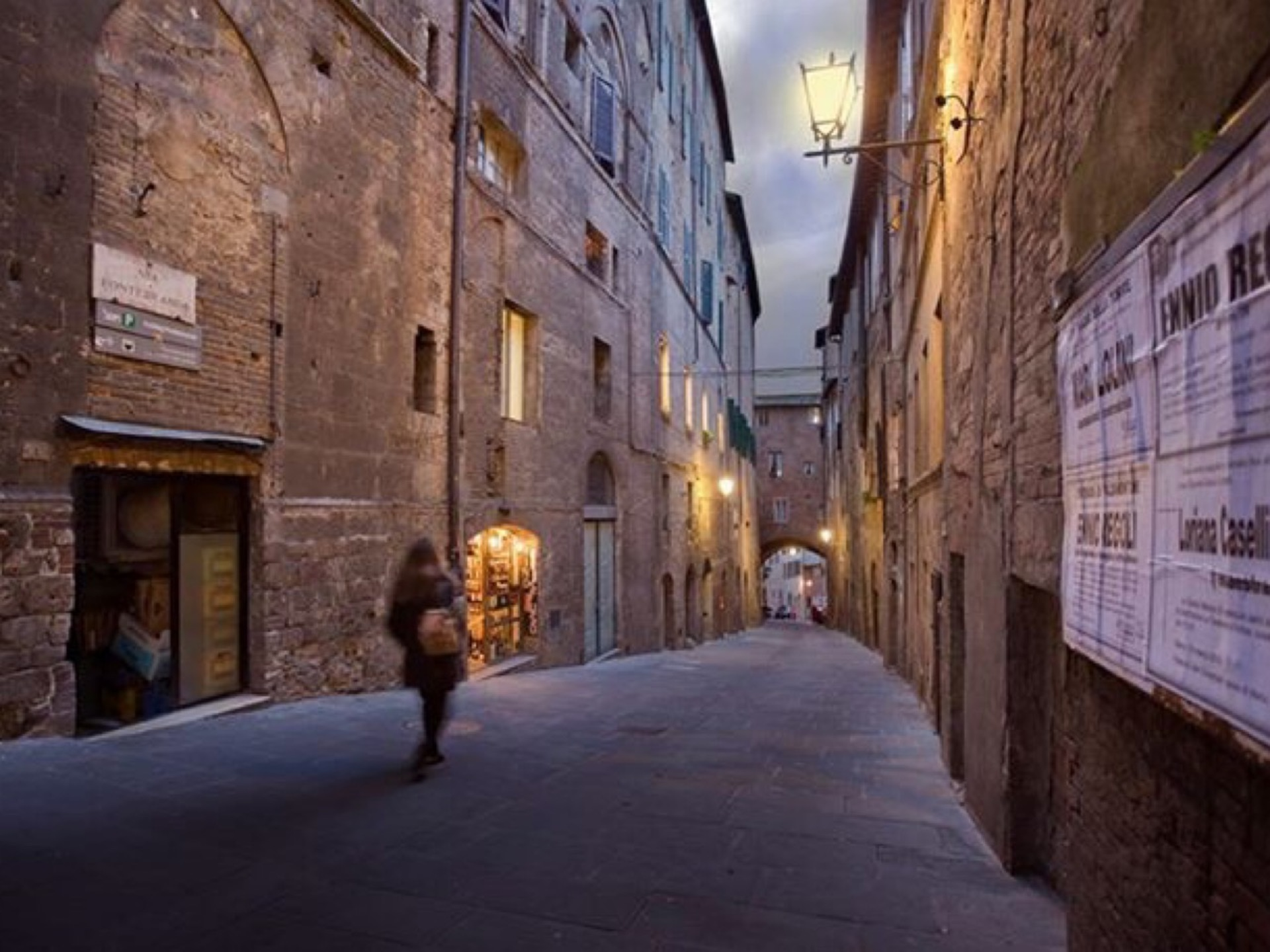 Siena side street | phogwood, alley, building, cobblestone