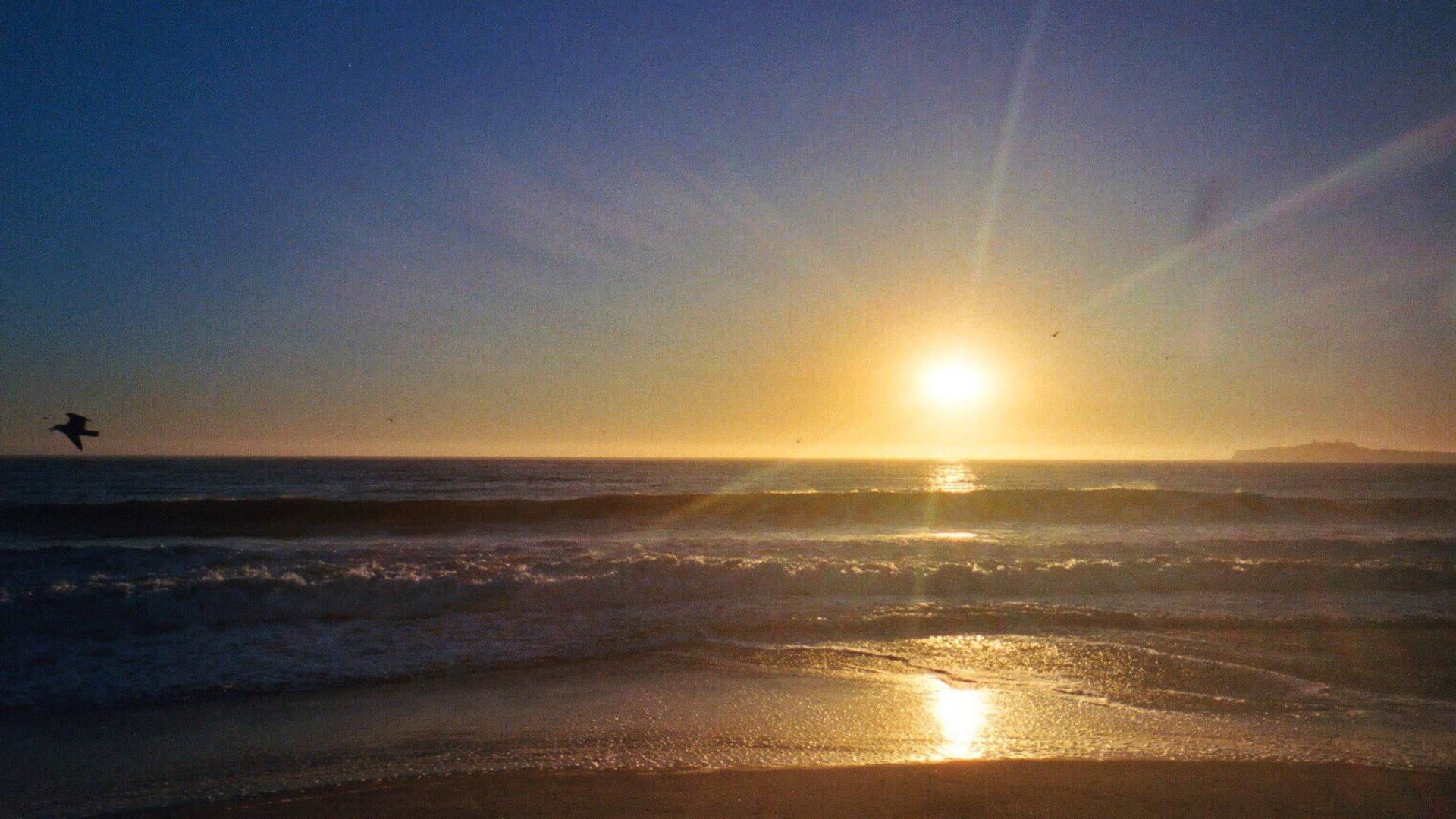 Sunset at the beach | water, sunset, sun, sky