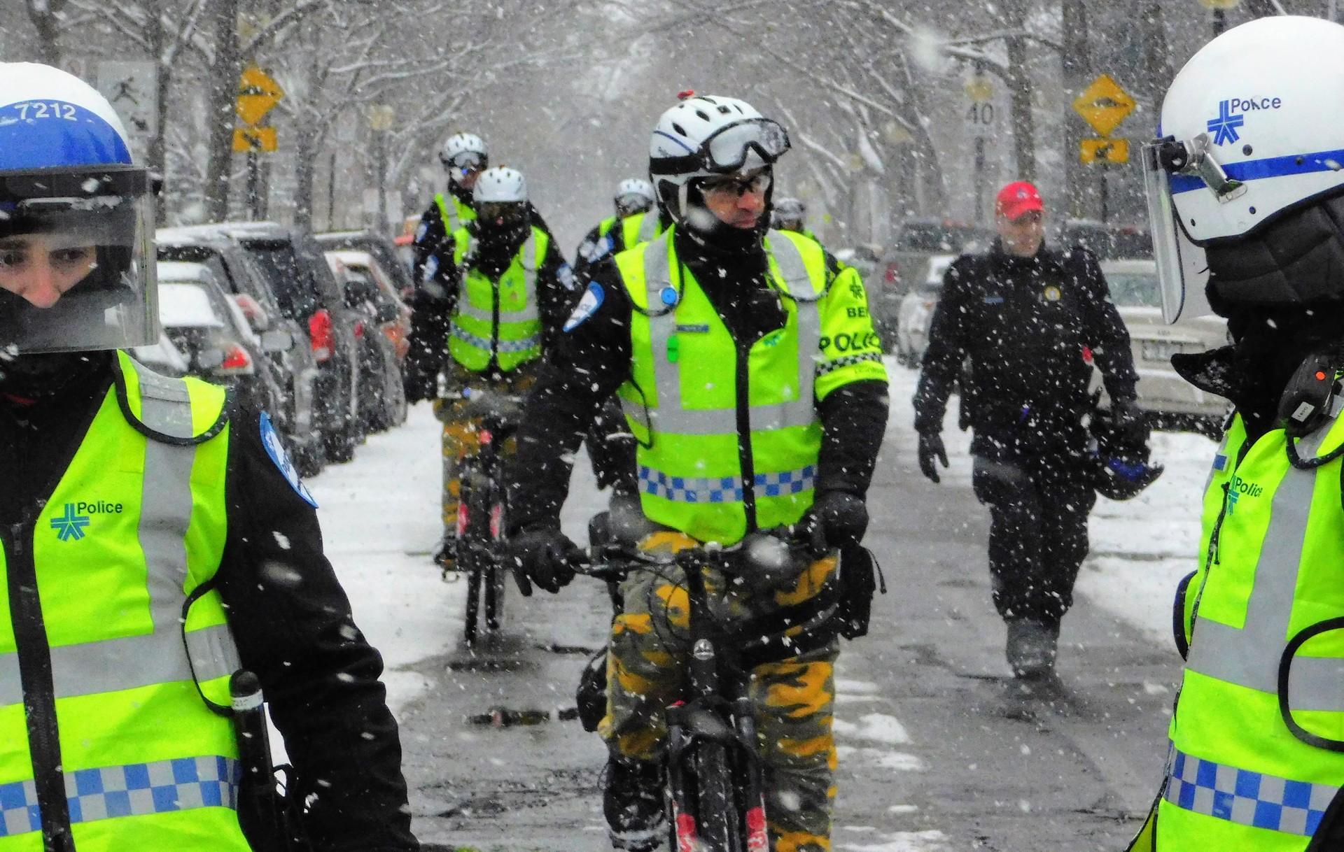 Montreal bicycle police | rick.cognyl.fournier, action, helmet, people