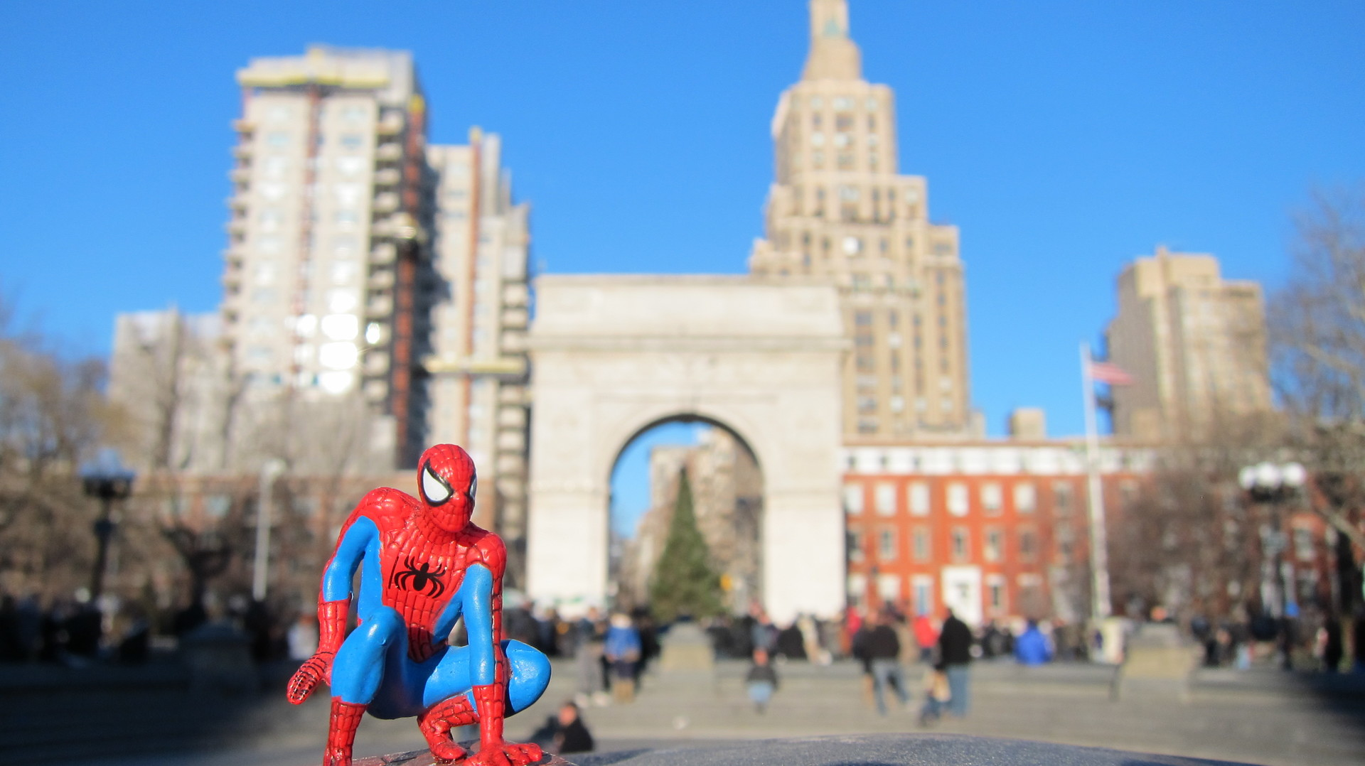 Spider-man sighting in NYC | popluv13, architecture, building, city