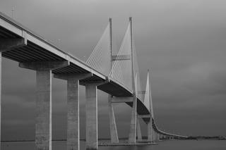 B&W architecture example photo